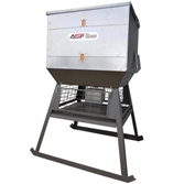 All Seasons Feeders 1000# Broadcast Feeder